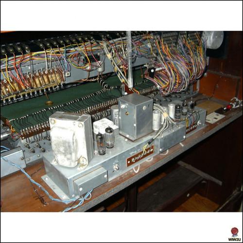 Hammond C3 (mahogany) guts