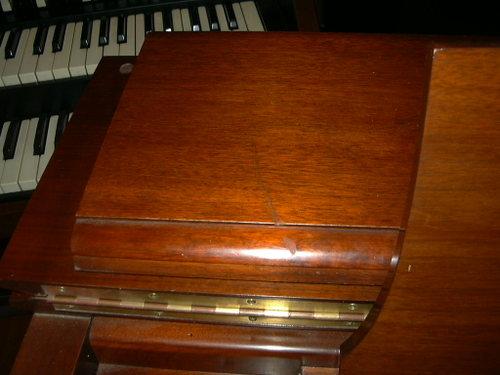 Hammond C3 (mahogany) detail