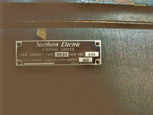 Hammond CV tone cabinet detail